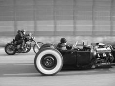 Rat Rod & Motorcycle Dragging!
