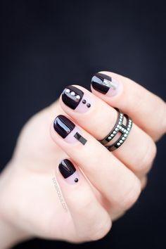 Black nail design || Minimalist nail art