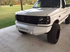 Check out this sweet #DIY #bumper from #movebumpers! #TruckBuild #Ford