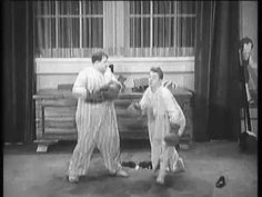 Laurel  Hardy - Fight Night  *double click pix to play)