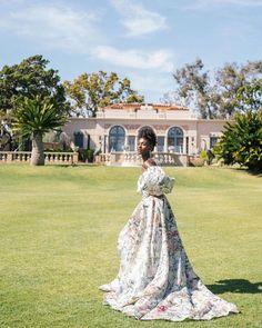 "Monique Lhuillier Bride on Instagram: ""Fairytale 🦋💗 #moniquelhuillier #mlbride #wedding"" Mlb, Bohemian Wedding Dresses, Monique Lhuillier, Wedding Bells, Instagram, Style, Fashion, Swag, Moda"