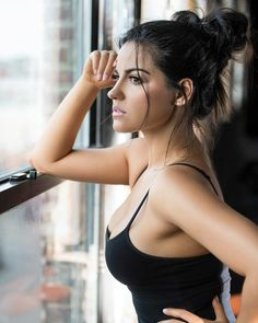 Image uploaded by Giu. Find images and videos about maite perroni on We Heart It - the app to get lost in what you love. Beautiful Latina, Beautiful People, Beautiful Women, Mexican Actress, Glamour, Celebrity Weddings, Lady, Beauty Women, Bollywood