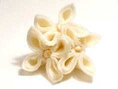 French Vanilla Felt Flower Brooch by GoodFloristDesign on Etsy, $19.00