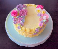 1000+ images about Cakes Wilton Classes on Pinterest Ac ...