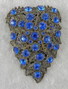 Little Nemo L/N Blue Rhinestone Dress Clip