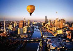 Du học Úc tự túc một năm hết bao nhiêu tiền? Thông tin chi tiết về mức học phí các chương trình cũng như sinh hoạt phí của từng thành phố ở Úc.