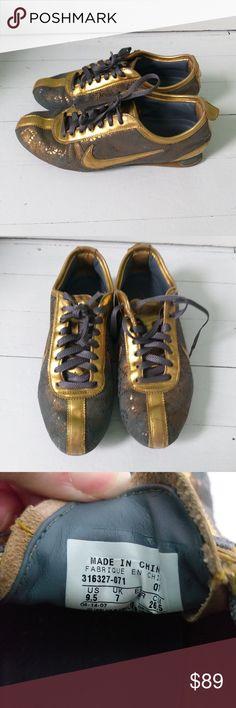 super popular 6178f 037de Nike shox rivalry women s running shoes Rare Nike shox rivalry women s  premium running shoes in gold