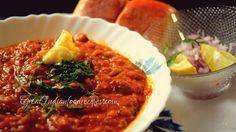 Pav bhaji recipe, step by step method to prepare pav bhaji. Indian Potato Recipes, Vegan Indian Recipes, North Indian Recipes, Ethnic Recipes, Mumbai Street Food, Indian Street Food, Bhaji Recipe, Pav Bhaji, Savory Snacks