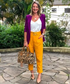 Yellow Shoes Outfit, Purple Outfits, Colourful Outfits, Colorful Fashion, Cute Business Casual, Business Casual Outfits, Look Fashion, Girl Fashion, Cool Winter