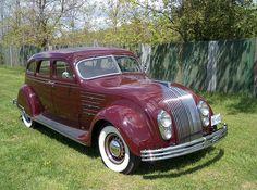 1934 Chrysler Imperial Airflow 4 door