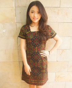 Essential Tenun Dress Black Gold (Short Sleveed) | batik kultur