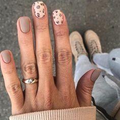 2019 Stunning Leopard Print & Snakeskin Pattern Nails Art Ideas - Page 4 of 4 - Vida Joven Cute Short Nails, Short Nails Art, Leopard Nails, White Nails, Brown Nails, White Nail Art, Sexy Nails, Toe Nails, Coffin Nails