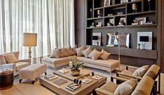 cortina-leve; Cortina linda, bem leve e delicada para uma sala com pé-direito duplo. Projeto Fernanda Eicke.