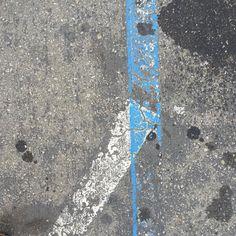 <For best experience see my feed. #Oakland  #blueline #curb #gutter #cement #concrete #asphaltart #urban #urbanart #urbanarcheology #artaccidently #pavement #hardscape #streetart #modern #modernist #accidentalart #abstractart #abstract #art #lookdown #unintentionalart #unexpectedart  #minimalist #minimal #intersection #asphaltography #roadart #streetmarkings #parkinglot