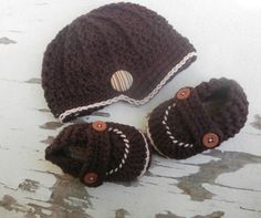 baby boy clothes baby hat and booties 0 to 3 by stitchesbystephann