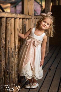 Φόρεμα βάπτισης Vinte Li 2918 μαζί με κορδέλα για τα μαλλιά, annassecret, Girls Dresses, Flower Girl Dresses, Wedding Dresses, Fashion, Dresses Of Girls, Bride Dresses, Moda, Bridal Gowns, Alon Livne Wedding Dresses
