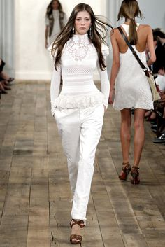Ralph Lauren Spring 2011 Ready-to-Wear Collection - Look 21 of 58. Model: Yulia Kharlapanova (SUPREME)