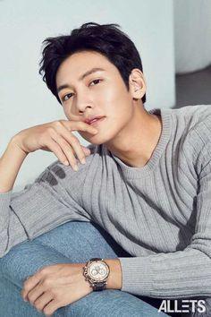 ❤❤ 지 창 욱 Ji Chang Wook ♡♡ that handsome and sexy look . Ji Chang Wook Smile, Ji Chang Wook Healer, Park Hae Jin, Park Seo Joon, Asian Celebrities, Asian Actors, Celebs, Korean Men, Korean Star