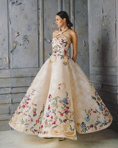 a119d842e3b285 172 beste afbeeldingen van dresses in 2019 - Formal dresses ...