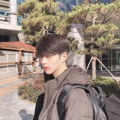 suho from true beauty on webtoon Korean Boys Hot, Korean Boys Ulzzang, Korean Couple, Ulzzang Couple, Ulzzang Boy, Korean Men, Beautiful Boys, Pretty Boys, Cute Boys