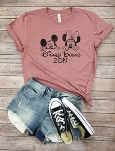 Paar-T-Shirt Disney-Grenze 2019 Disney-Familie Mickey Minnie Disney World Outfits, Cute Disney Outfits, Disneyland Outfits, Cute Summer Outfits, Cute Outfits, Cute Disney Shirts, Shirts For Disney World, Disneyland Shirts For Family, Disneyland Trip