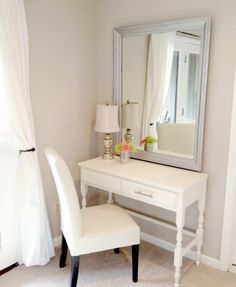 Makeup-Vanity-Dressing-Table-Set-White-Minimalist-with-Square-Mirror-Modern-Interior-Design