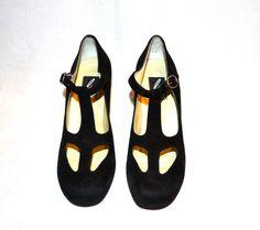 Vintage 1980s Bis Charles Jourdan Black Heels, size 7