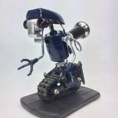 Robot Iron Man Mengagumkan Dari Korek Api Gas 22 Jpeg 485 604