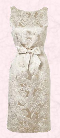 Brocade dress -- very Hepburnesque (or Jackei O.)! ...//MD yes yes