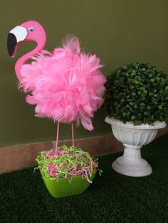 Flamingo Party Flamingo Party in 2019 Flamingo Craft, Pink Flamingo Party, Flamingo Baby Shower, Flamingo Birthday, Pink Flamingos, Pool Party Themes, Adult Party Themes, Birthday Party Decorations, Birthday Parties