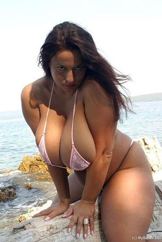 Big boobs, pink bikini