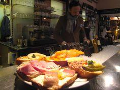 Baguettescheiben Cheesesteak, Hamburger, Ethnic Recipes, Food, Graz, Essen, Burgers, Meals, Yemek