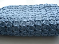 "Free pattern for ""Waffle Blanket"" by Alexis Layton...beautiful stitch!"