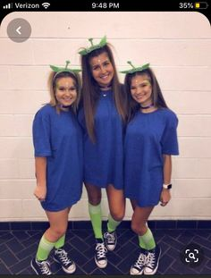 disney halloween costumes Best Halloween Costumes for BFFs in 2019 so that you Celebrate your Friendship like Never Before - Hike n Dip Costumes Alien, Cute Group Halloween Costumes, Couples Halloween, Toy Story Costumes, Halloween Outfits, Halloween Comida, Halloween Makeup, Cute Teen Halloween Costumes, Easy Disney Costumes