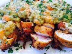 Pechuga de pollo empanada con salsa de verduras al curry