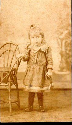A22 - Marica, filha de tia Maria Cândida e Albertto Cândido