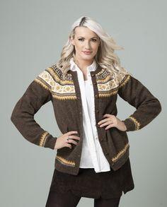 Ingrid Jakke - Viking of Norway Alpacas, Knit Patterns, Knit Cardigan, Vikings, Knitting, Crochet, Beautiful, Color, Dresses