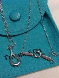T&Co. Elsa Peretti Open Teardrop Necklace. Get the lowest price on T&Co. Elsa Peretti Open Teardrop Necklace and other fabulous designer clothing and accessories! Shop Tradesy now