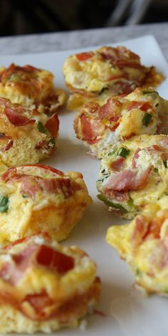 Muffins jambon, œufs, tomates. Th.6-7 pendant 25-30 minutes.