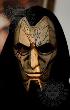 League Of Legends Fondos, League Of Legends Logo, Cosplay League Of Legends, League Of Legends Characters, Jhin Mask, Medieval, Insect Photography, Helmet Paint, Handmade Paint