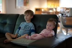 Netflix Announces Its New 'Unlimited' Maternity And Paternity Leave Program - http://www.baindaily.com/netflix-announces-its-new-unlimited-maternity-and-paternity-leave-program/