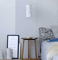 Papier peint motif graphique bleu pétrole Bloomingville tete de lit pour notre chambre !!!