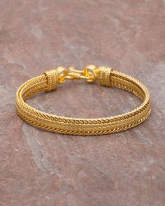 Buy Designer Men's Bracelet with Yellow Gold Plating Online | VOYLLA