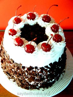 This black forest cake is called Schwarzwälderkirschtorte in German, which means Black Forest Cherry Torte or Gateau. This cake has multiple (usually layers of chocolate sponge cake, c… Chocolate Sponge Cake, Chocolate Cakes, Birthday Cake Writing, Cake Piping, Cake Sizes, Black Forest Cake, Eat Seasonal, Chocolate Shavings, Polish Recipes