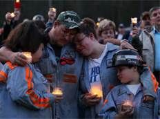 Mourning Photograph by Mark Wilson / Getty Images On April a gas explosion at the Upper Big Branch mine in Montcoal West Virginia claimed the lives of 29 men. Miner Terry Cooper and his family, above, mourn their deaths. Hard Working Man, Coal Miners, Dust Bowl, Natural Man, Special Pictures, Photo Essay, Lovers And Friends, West Virginia, American History