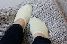 Pearls & Scissors: DIY low-cut socks