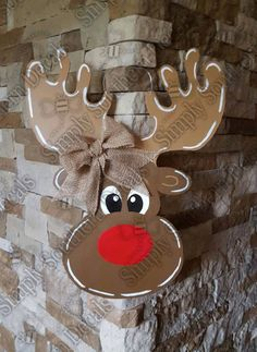 Reindeer Door Hanger by SimplySouthernDecals on Etsy