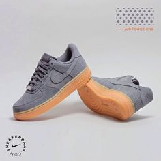 #nike #nikeair #suede #airforceone #sneakerbaas #baasbovenbaas  Nike Air Force 1- The suede upper shapes a nice contrast with the 'oldskool' gumsole.  Now online available | Priced at 104.99 EU | Wmns Sizes 35.5 - 42 EU