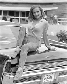 Pussy Galore - Honor Blackman - James Bond 007 Goldfinger 1964 (& at 39, oldest Bond girl ever)