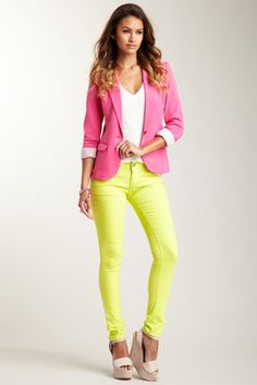 love the colored pants, not sure I could pull it off